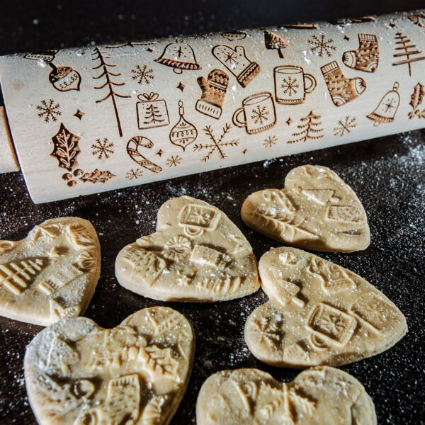 Grawerowany wałek do ciasta - wzór świąteczny 2021